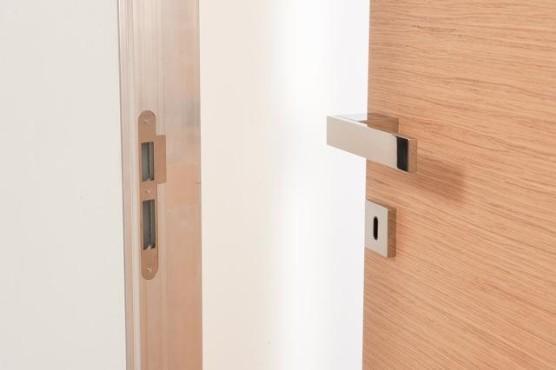 Il meglio di potere porte telaio a scomparsa rasomuro - Montare telaio porta ...